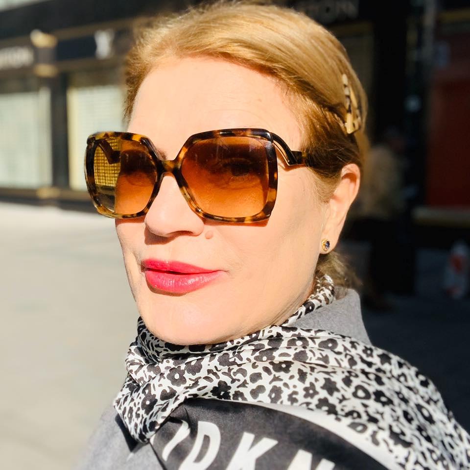 Осъдиха журналистката Соня Колтуклиева за укриване на данъци за 90 хил. лв., взети от Цветан Василев — Breaking.bg